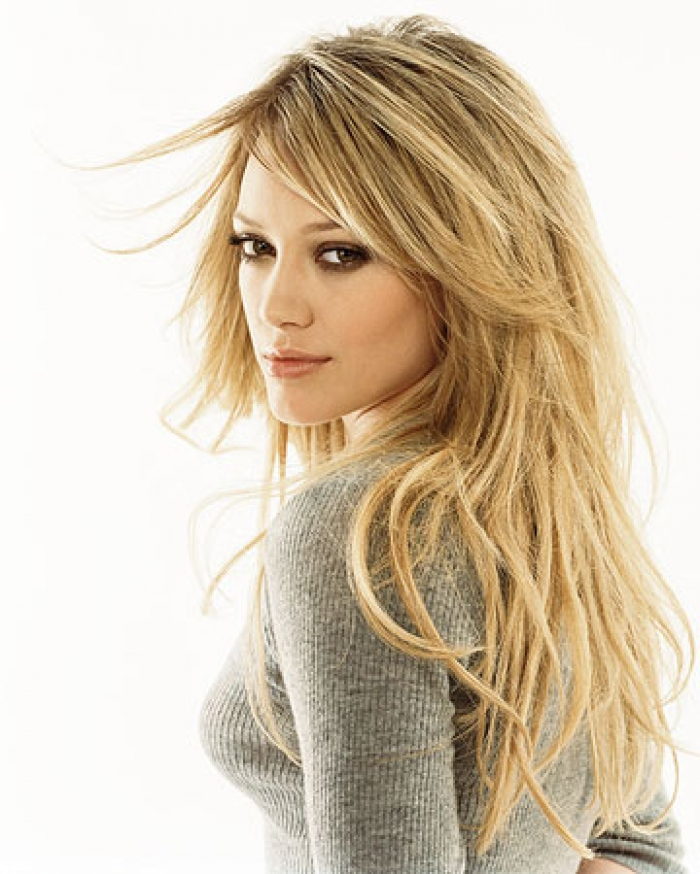 Photo: Cheveux longs et blonds Hilary Duff