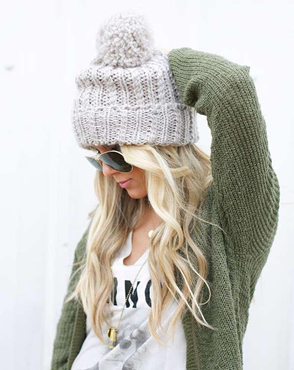 Bonnet blanc en laine